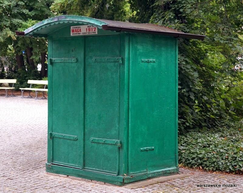 Śródmieście Warszawa park zabytek ważenie