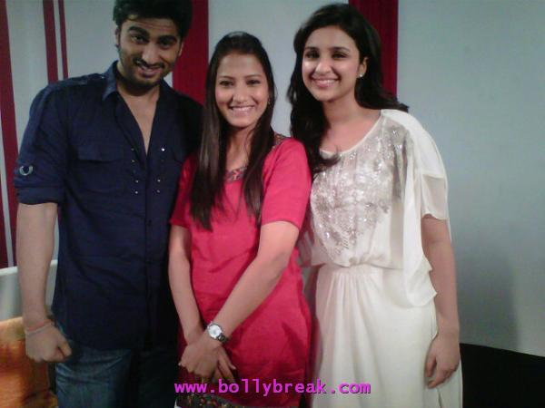 Parineeti Chopra white top zoom office -  Arjun Kapoor & Parineeti Chopra promote Ishaqzaade at the Zoom office