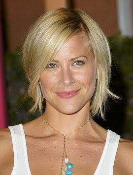 medium short hairstyles photo