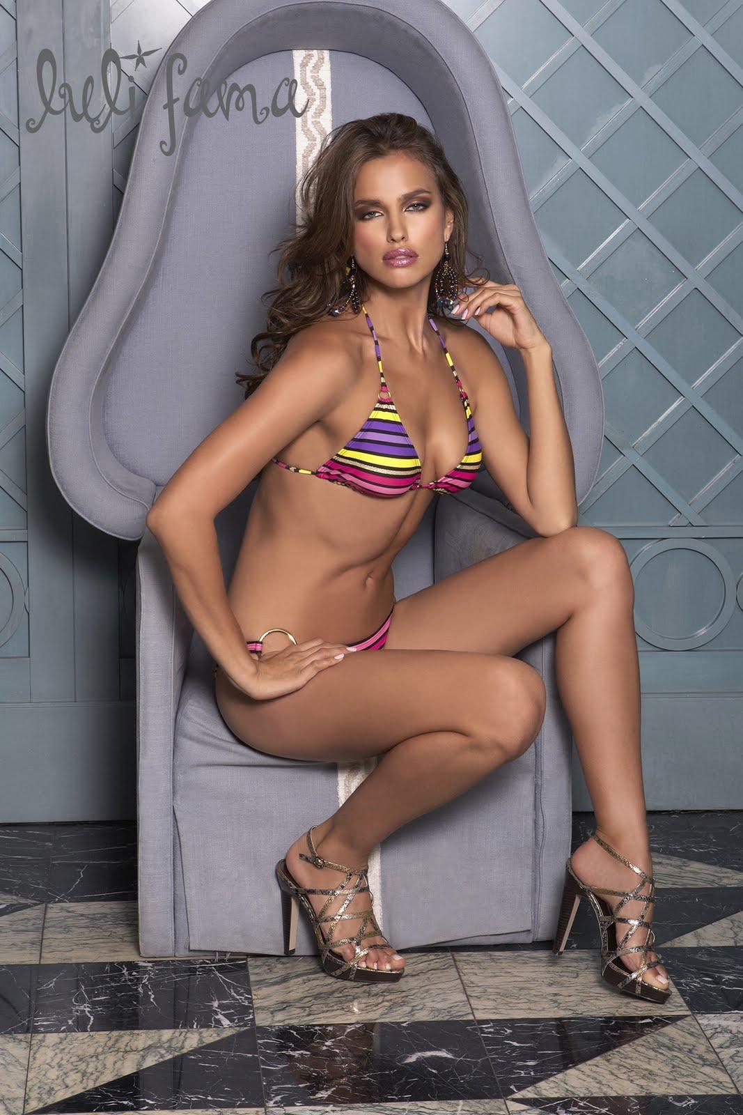 http://3.bp.blogspot.com/-kElTH21sPwQ/TZLCzYOlG5I/AAAAAAAASJs/pUcck965gyk/s1600/Irina-Shayk-Bikini-Wallpapers-2011.jpg