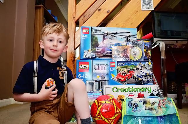 Lego Birthday, 6 year old Lego, WAHM, Photography