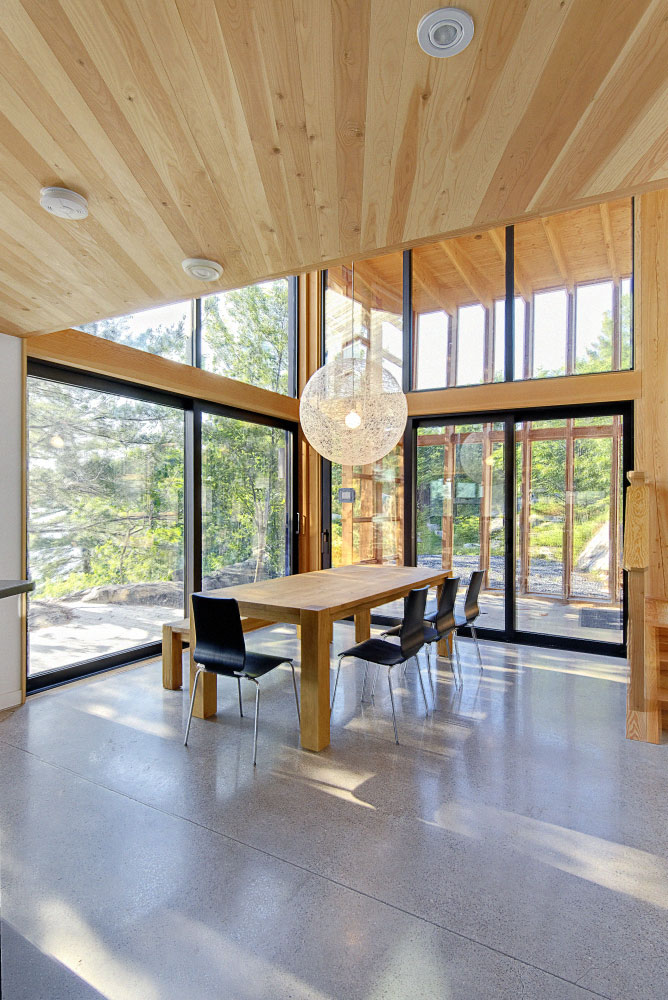 six mile lake cottage /altius architecture ~ housevariety