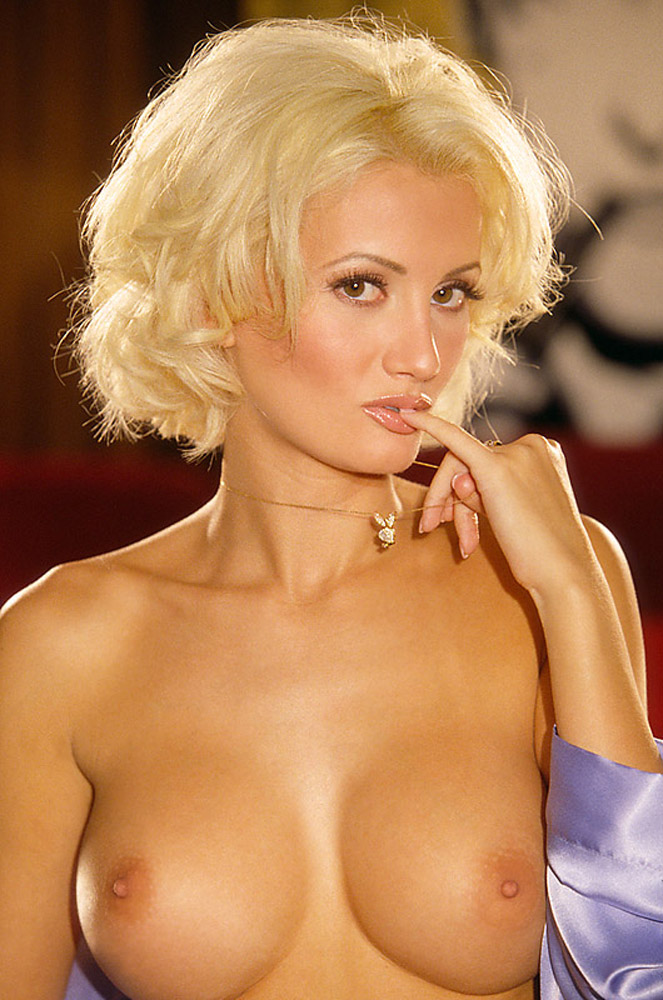nude Holly madison hot