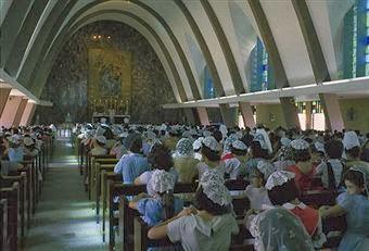 La Misa Tradicional tiene algo para todos
