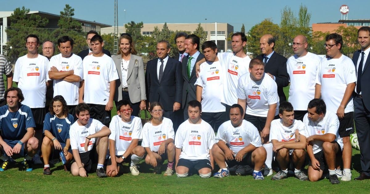 El blog de la clase verde presentaci n de nuestro equipo - Campo de futbol del valencia ...