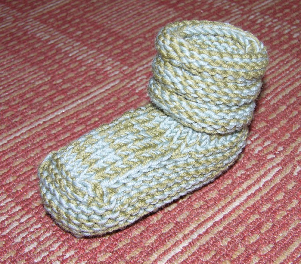 Mukluk Knitting Pattern : Mukluk Slippers Pattern images