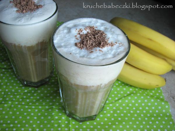 Orzeźwiająca kawa z lodami i bananem :)