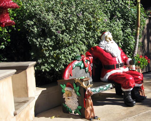 San Diego Zoo Santa