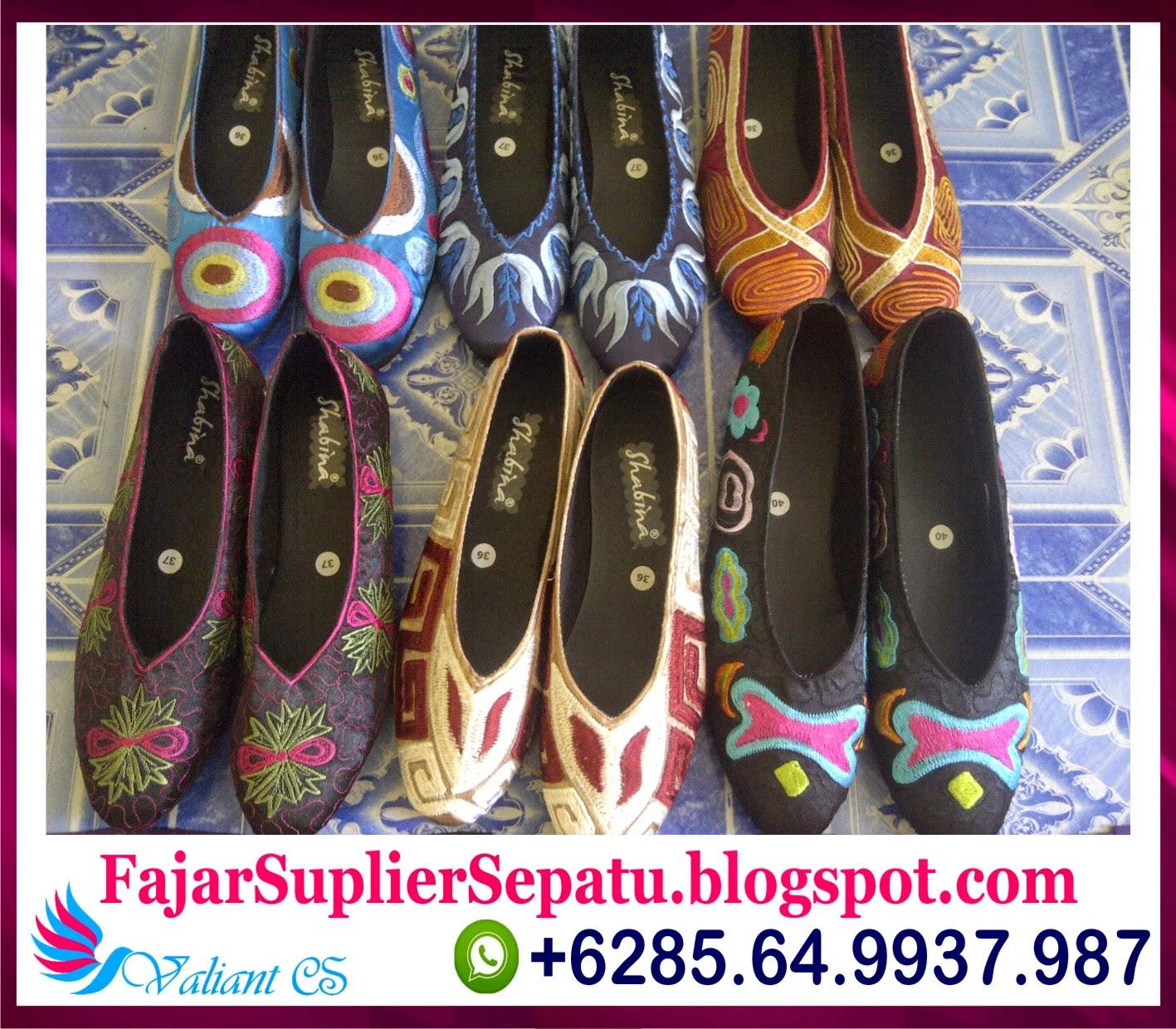 Sepatu Bordir Murah, Model Sepatu Wanita Terkini, Koleksi Sepatu Wanita Terbaru, +62.8564.993.7987