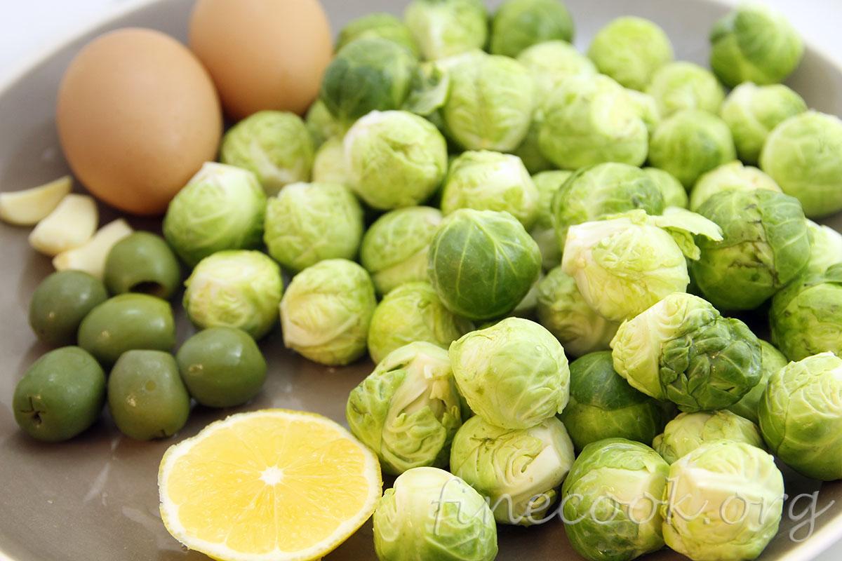 брюссельская капуста с яйцом