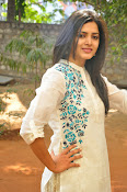 pavani gangireddy glam pics-thumbnail-17