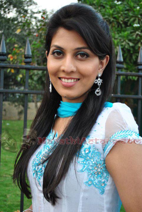 Marathi Tv Serial Actress Images Engineeringcrise