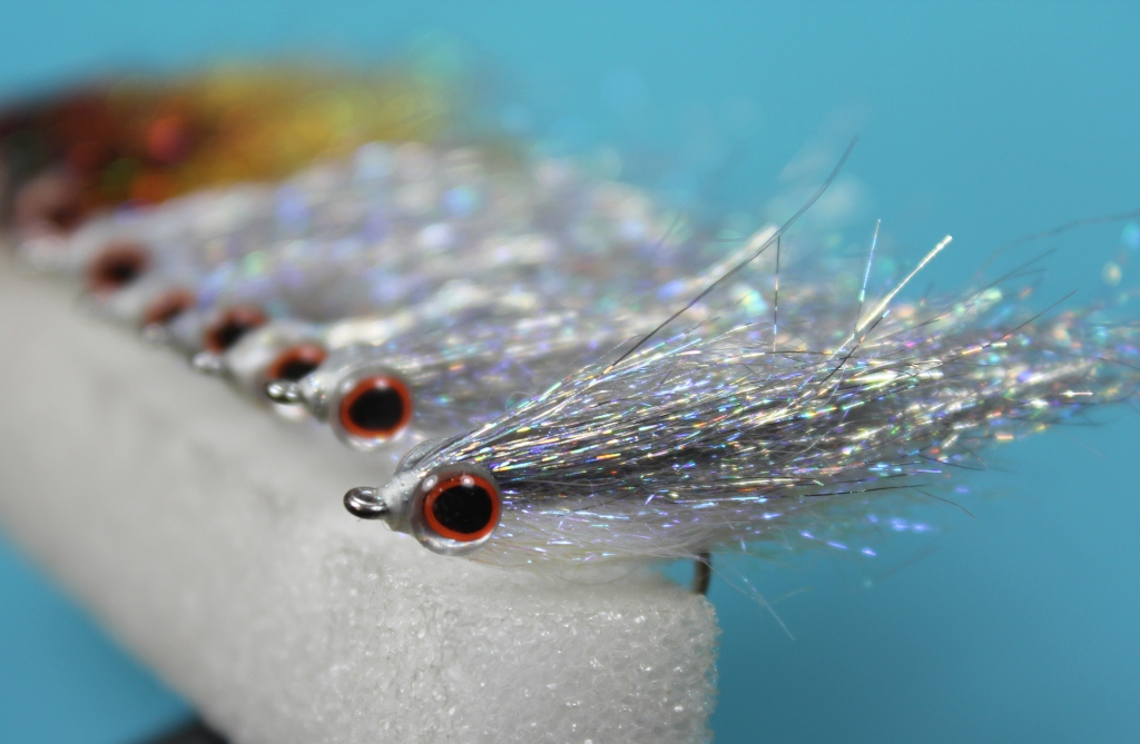 Fly tying nation smelt or silver baitfish for Ice fishing flies