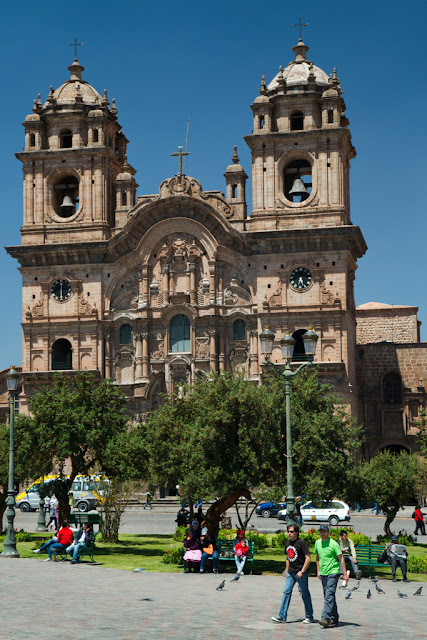 A photograph of a Jesuit Church named Iglesia de la Compania in Cusco, Peru