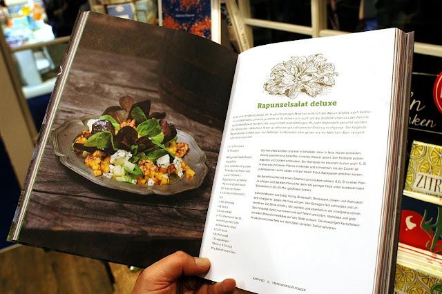 Kochbuch von Steve Paul auf der Frankfurter Buchmesse 2015 mit dem Gastland Indonesien.