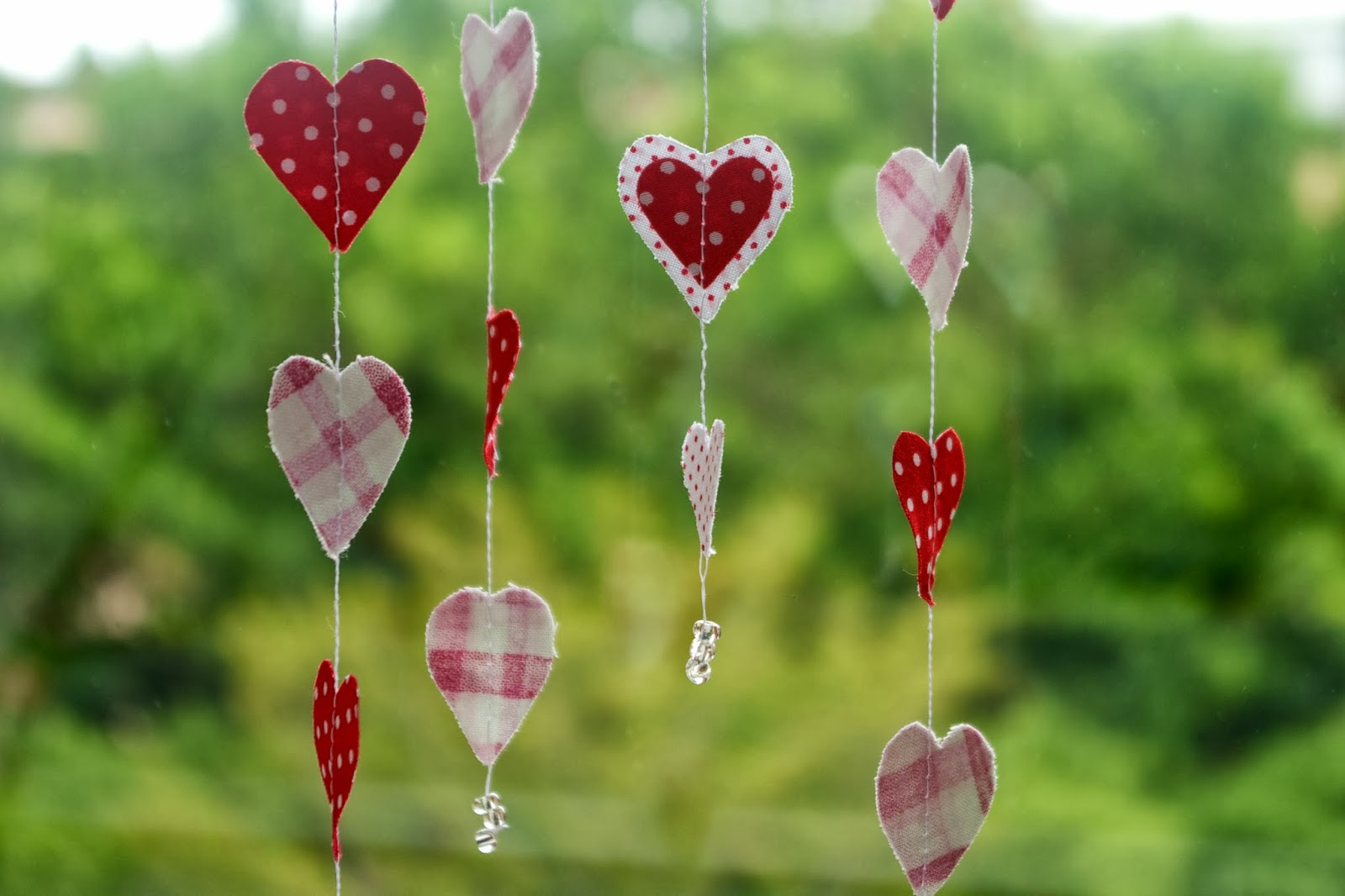 stitching notes tutorial fabric hearts garland