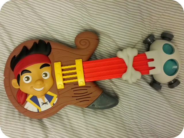 jake and the neverland pirates guitar, toddler guitar, fisher price guitar, pirate rock guitar