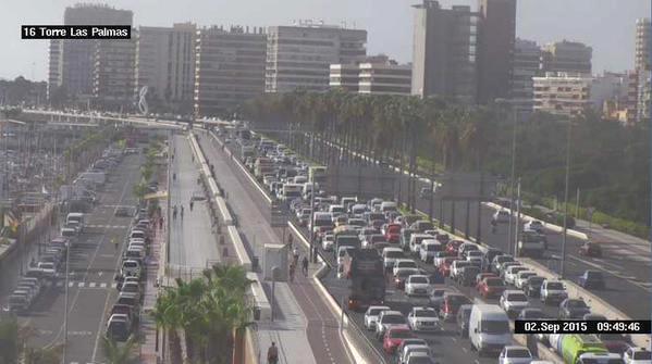 grandes retenciones trafico las palmas de gran canaria avenida marítima, septiembre 2015