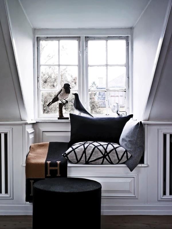 Hometrotter home style blog casa arredamento design - Finestra con seduta ...