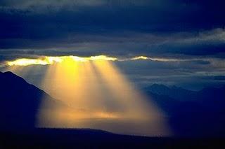Dios, Tú me conoces y lo sabes todo. Poema cristiano del salmo 139. No me puedo esconder de Dios. Poema de Mery Bracho. Motivación personal, oraciones en poemas para ti.