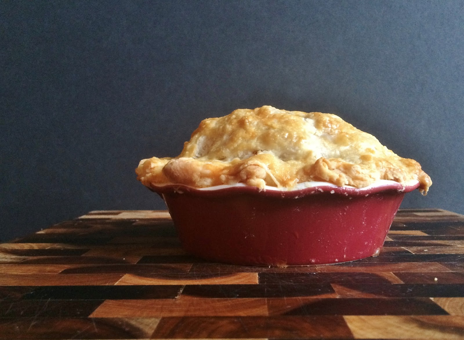 My Tiny Oven: Apple Pie for 2 with Sour Cream Pie Crust