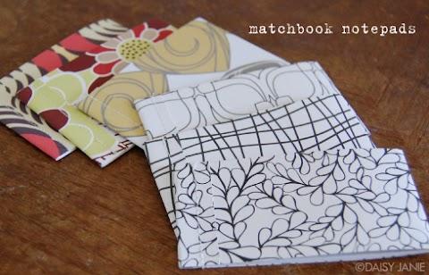 Idéias de Papel: Bloquinho de notas e florezinhas