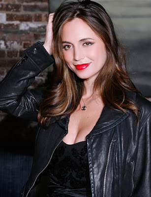 Eliza Dushku Hollywood Actress Wallpaper