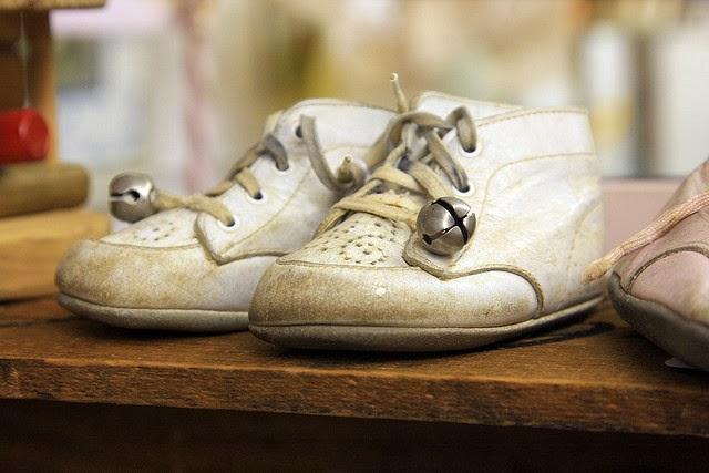 Lilacsndreams Vintage Shoes Women Babies Men