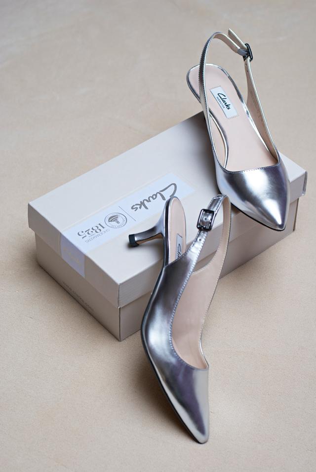Clarks Aquifer Belle Metallic Silver