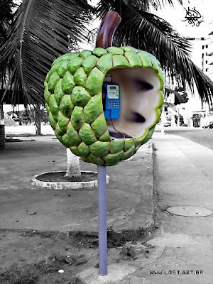 18 Creative and Unusual phone Booths (27) 7