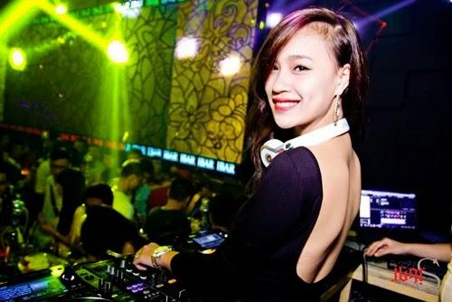 Mưu sinh từ thời cơ cực tới khi thành danh của các nữ DJ