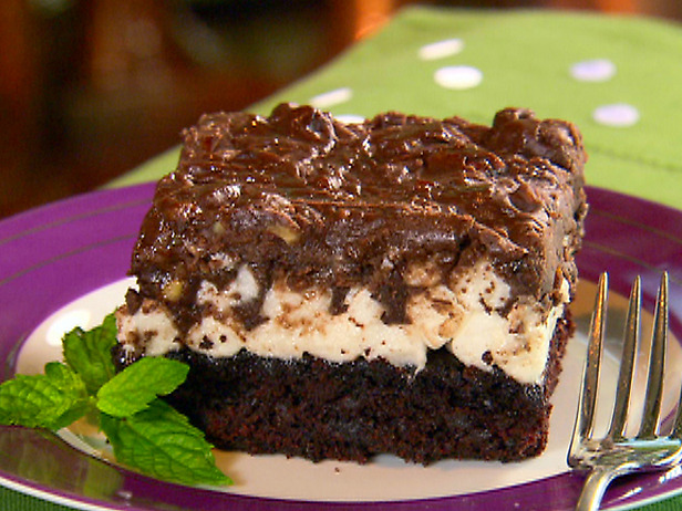 Paula Deen Cake Recipes: Mississippi Mud Cake