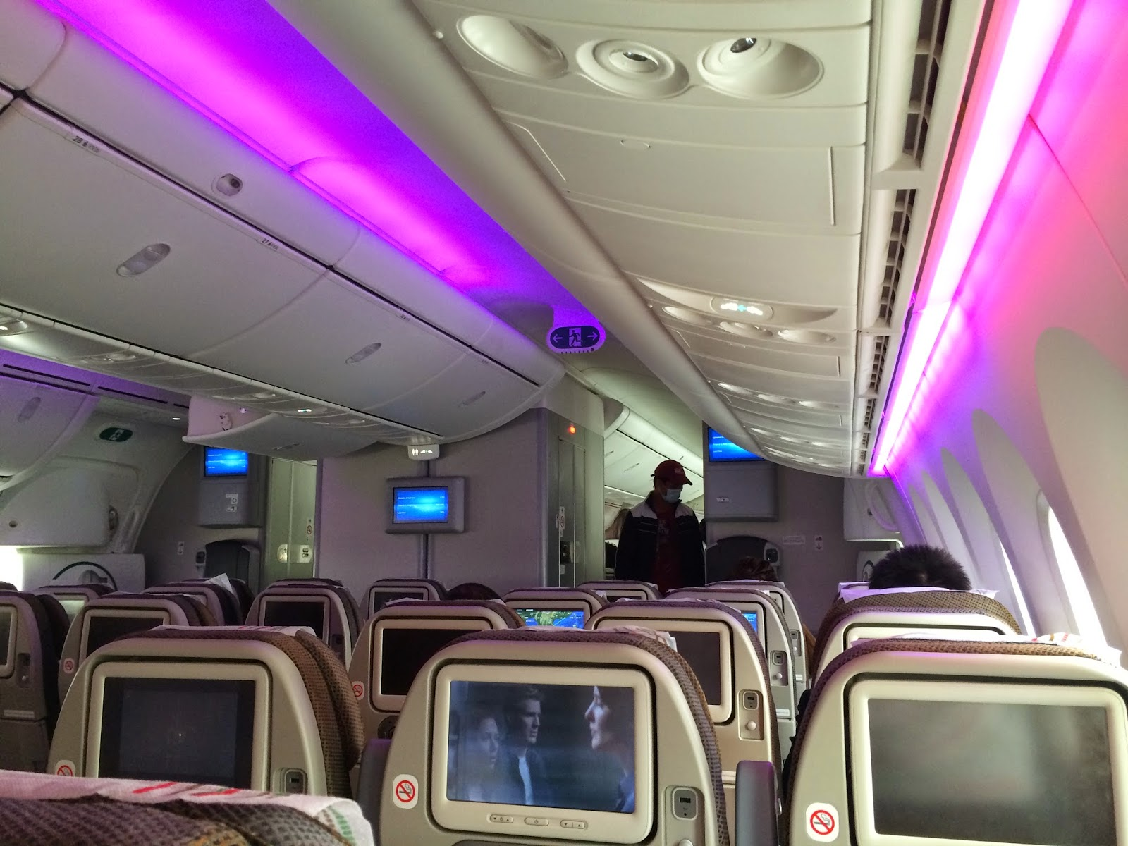 Boeing 787 interior coach viewing gallery - Once You Fly On The 787 You Won T Want To Fly On Other Similar Size Type Its So Comfortable And Cozy That S Why This Is Now My Favourite Aircraft Along