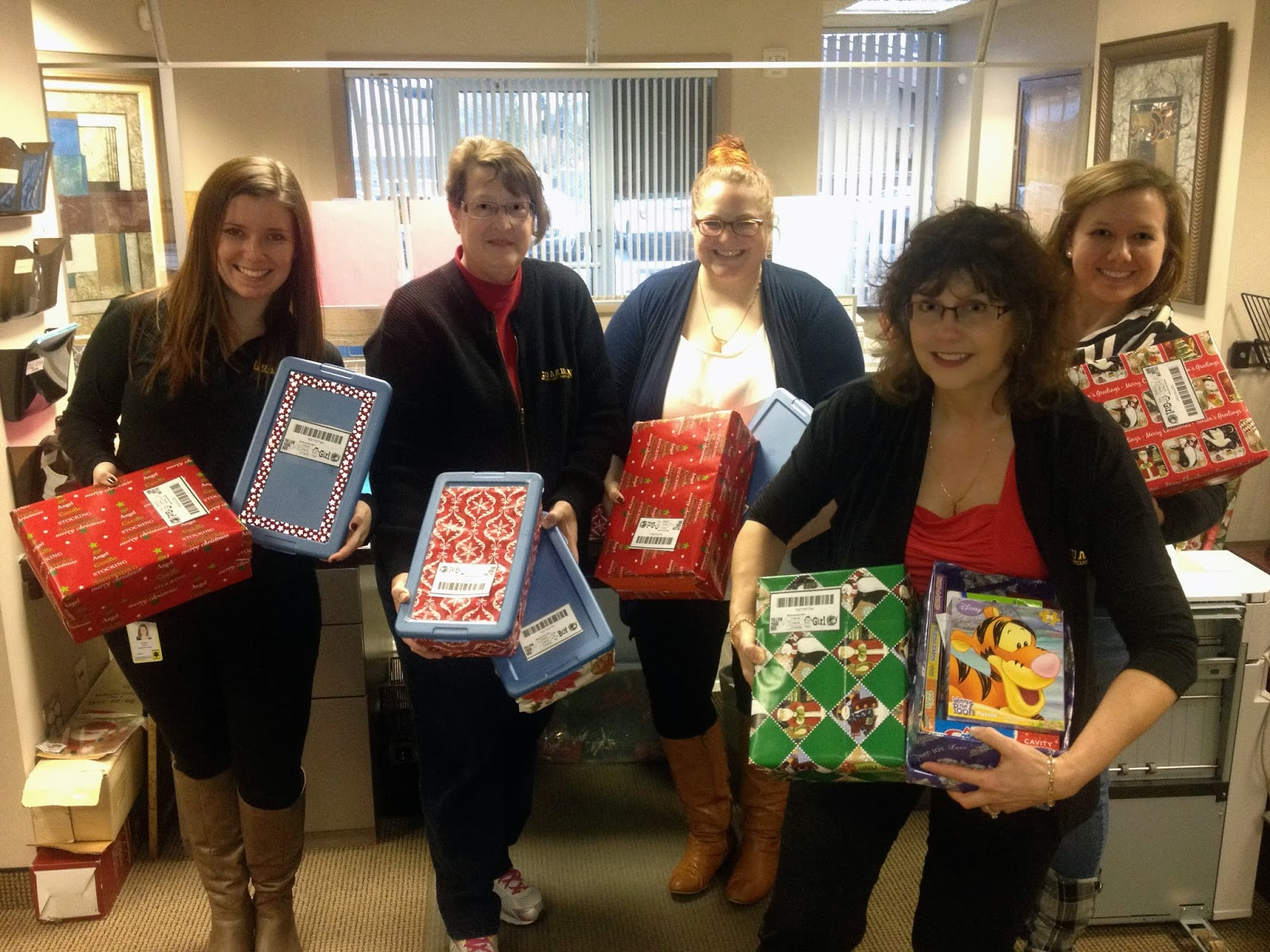 Christmas Toys For The Needy : Guardian alarm employees collect christmas