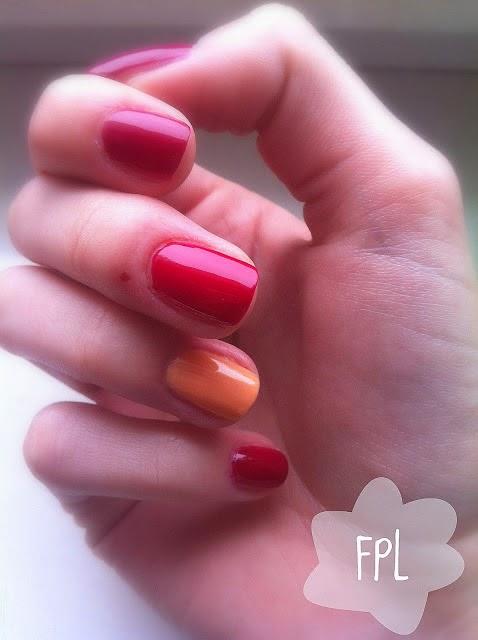 http://femalepleasurelola.blogspot.com/2013/03/lakiery-oriflame-i-catrice.html