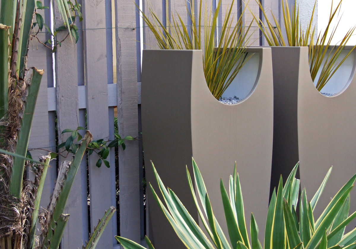 MyLandscapes Garden Design: Powder coated steel planters