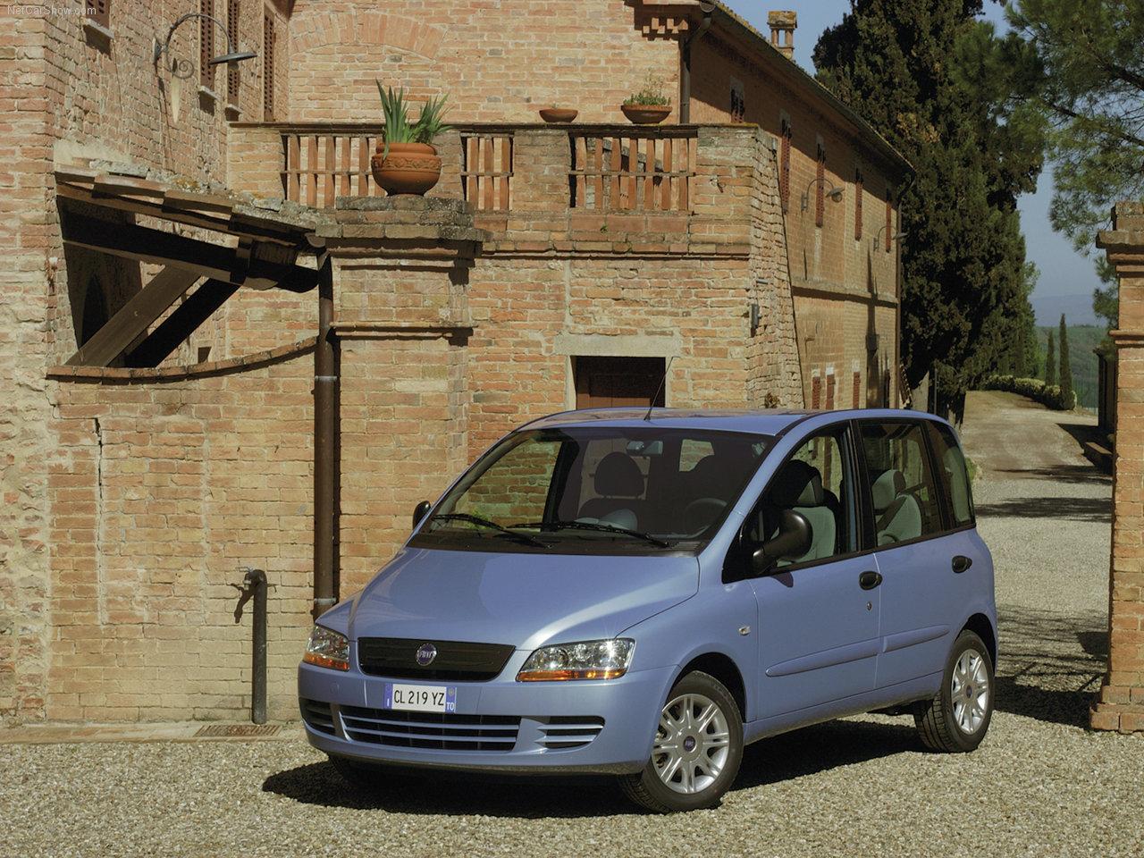 Fiat -Populaire français d'automobiles: 2004 Fiat Multipla