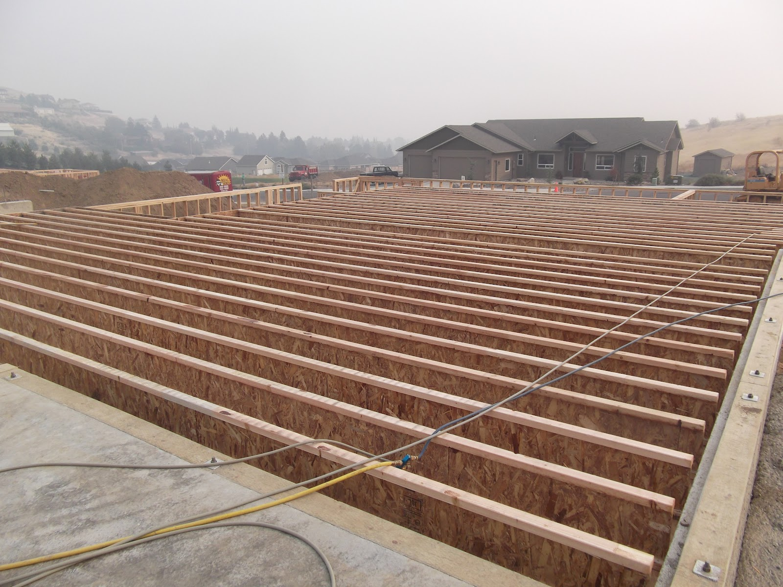 18 engineered floor joist span floor joists and for I joist vs floor truss