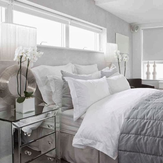 Inspiration combles gris for Chambre a coucher blanche