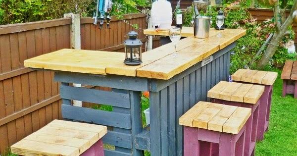 Ma maison au naturel un bar de jardin en palettes faire for Barras de bar para jardin