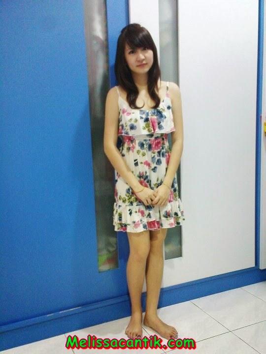 Tante Bispak Sange Nungging Pamer Pantat Semok Pic 21 of 35