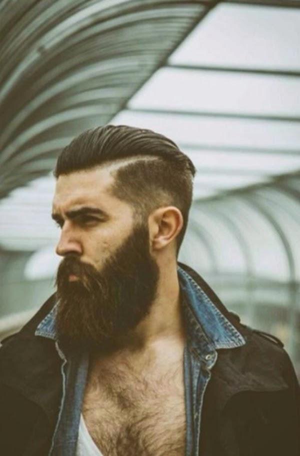 Taglio di capelli uomo rasati ai lati
