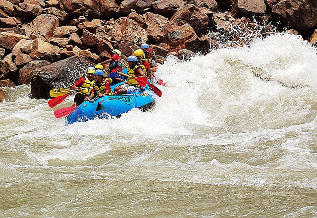 Rafting-in-Ganges_River