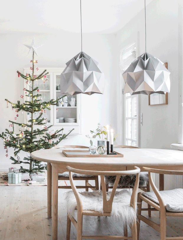 design attractor: Simple and Lovely Scandinavian Christmas