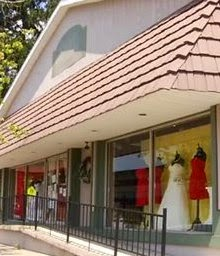 PA Bridal Shop Rejects Lesbian Couple