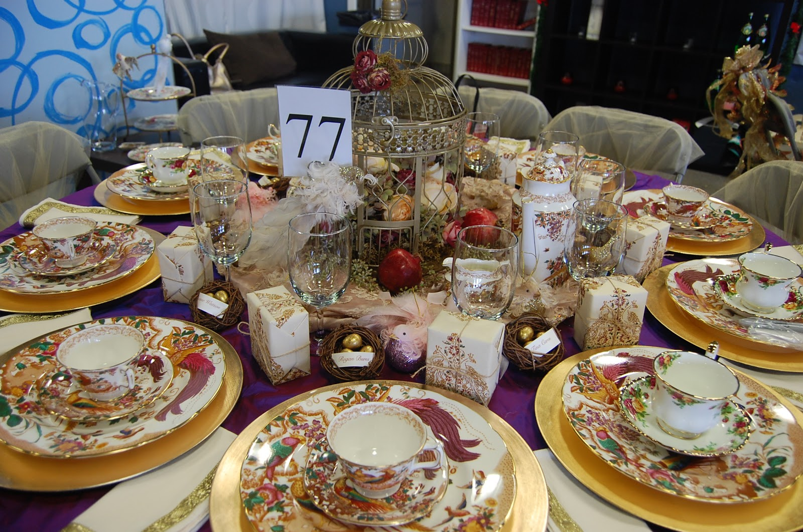 One fabulous mom christmas tea party setting the perfect - Table setting for a party ...