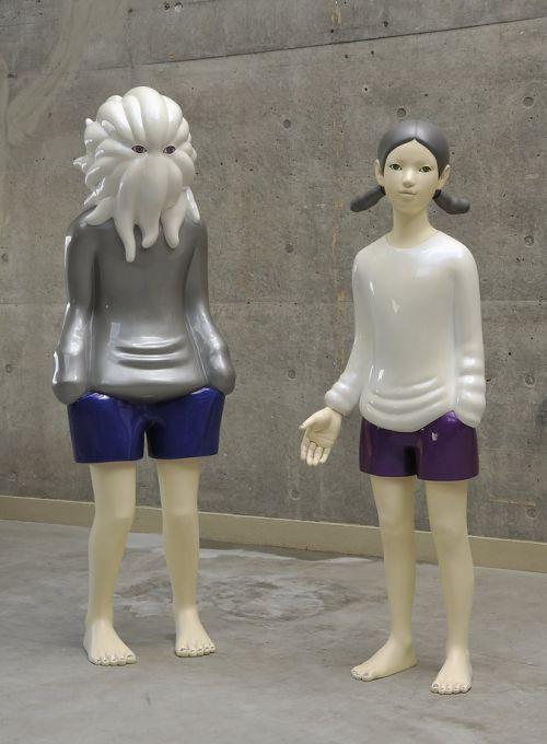 Takahiro Komuro esculturas macabras bizarras coloridas fofas monstros Nosso planeta