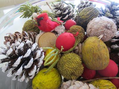 Mistletoe Kiss Potpourri from Fresh Market