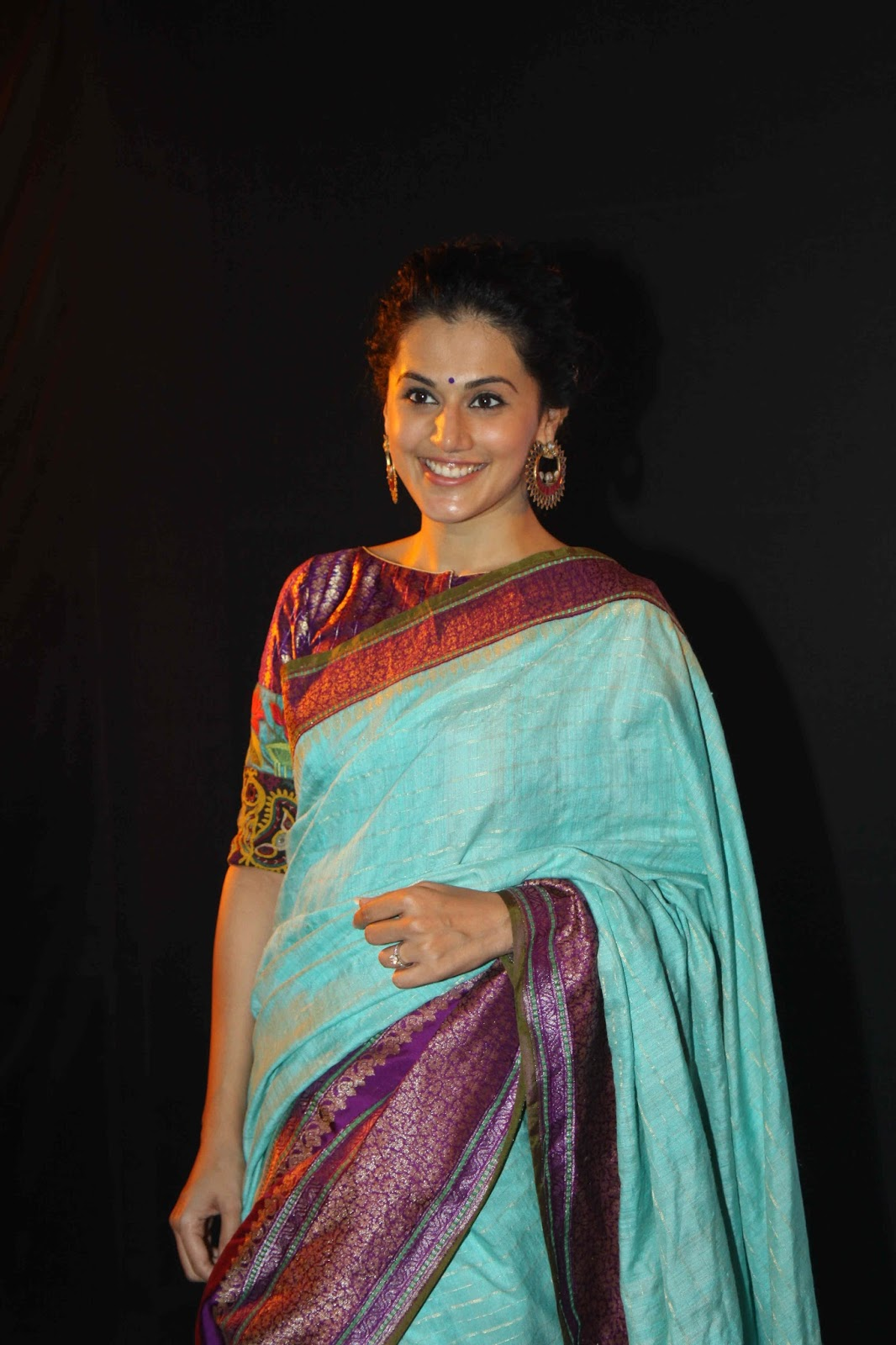 Taapsee Pannu Latest Ramp Walk Stills At LFW 2015 Show