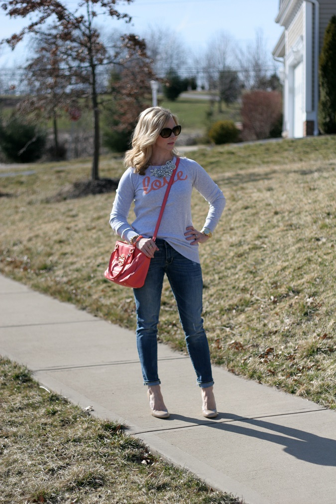 Old Navy, J.Crew, Nine West, Prada, Tory Burch, Simply Lulu Design, Simply Lulu Style, Banana Republic, lulu looks, hello love, LosPhoto, distressed jean look, graphic sweater, nude pumps, rhinestone necklace